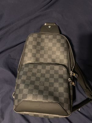 Louis Vuitton Avenue Sling Bag for Sale in Roswell, GA