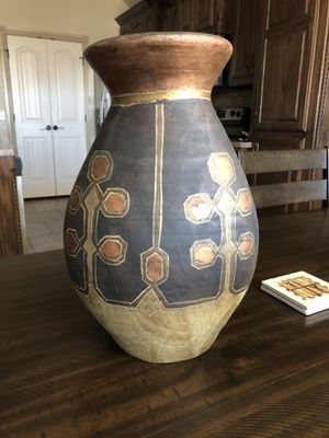 Vase for Sale in Lawton, OK