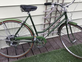 Vintage 1971 Schwinn Suburban for Sale in Seattle,  WA