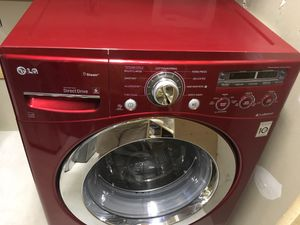 LG Burgendy Washer N Dryer for Sale in Salt Lake City, UT