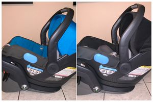 Uppababy MESA Car Seat & base for Sale in Los Angeles, CA