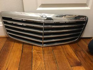 Mercedes W211 E320 E350 E500 E550 E55 E63 GENUINE Chrome Grille for Sale in Hyattsville, MD