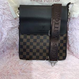 Messenger Bag for Sale in Lynwood, CA