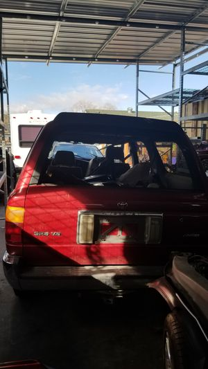 Parting out Toyota 4runner for Sale in North Highlands, CA