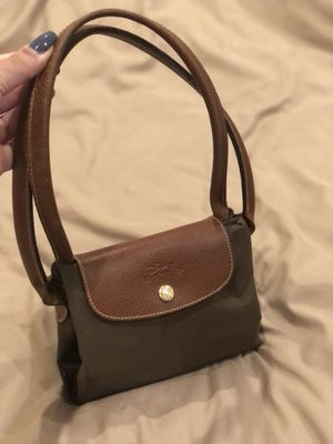 Longchamp clean tote Olive green/ leather for Sale in Diamond Bar, CA