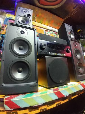 Polk audio 5.1 surround sound speaker system with sub and receiver included for Sale in Auburn, WA