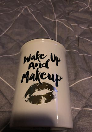 Makeup brush holder for Sale in Phoenix, AZ