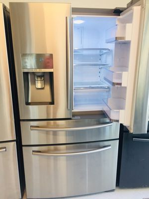 "🔥🔥Samsung//36"" stainless steel refrigerator counter depth 4 French door 90 days warranty 🔥🔥 for Sale in Mount Rainier, MD"