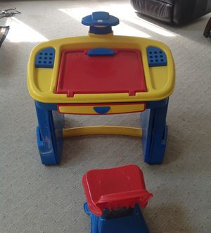 Toddler's desk & chair for Sale in Sudbury, MA