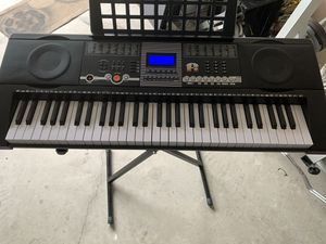 keyboard piano for Sale in Gainesville, FL