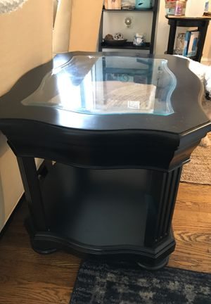 Broyhill end tables for Sale in Manassas Park, VA