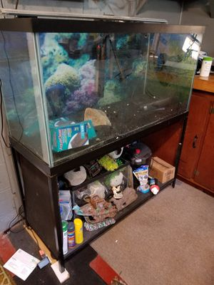 90 gallon Aqueon Aquarium with glass top and LED light. Metal stand and Aquaclear 110 included. Also extra carbon filters for Aquaclear filters as we for Sale in Kearny, NJ