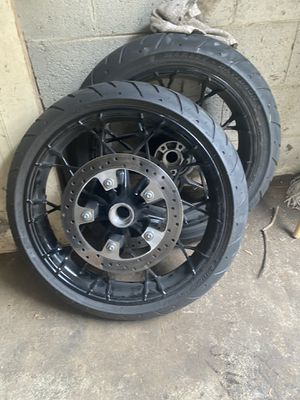 2020 Harley Davidson wheels, 19 front and 18 rear, 2000 miles, $1500 obo for Sale in Atlanta, GA