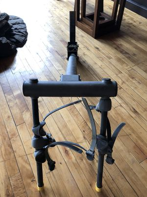 Saris two bike hitch mount rack for Sale in Chicago, IL