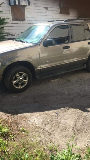 2004 ford explorer for Sale in Scott Air Force Base, IL