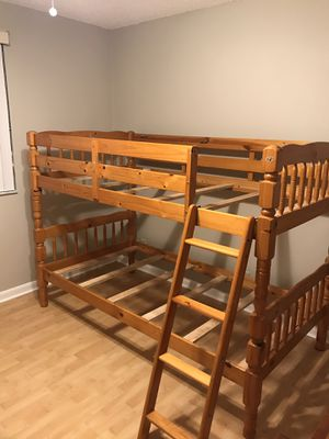 Solid Wood in Honey BUNK BEDS converts to 2) Twin Beds w/removable Ladder for Sale in Delray Beach, FL