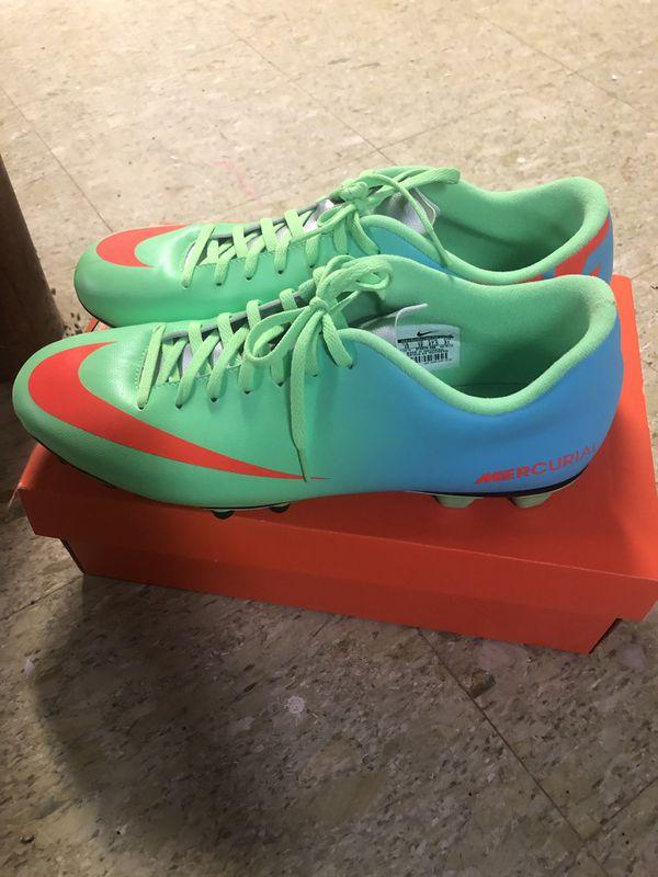 Men's Nike soccer shoes