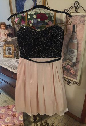 Gorgeous designer short Eve Formal dress Princess Neckline black lace with pleated flared bottom zip back strapless size 6/8 New for Sale in Northfield, OH