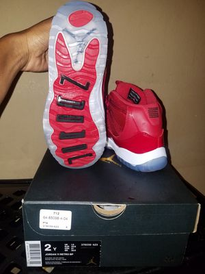 Authentic Jordan Retro 11 Reds obo for Sale in Tampa, FL