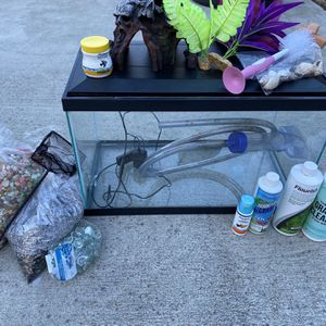 Fish Tank & Accessories for Sale in Daly City, CA