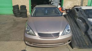 Lexus es 330 for parts or project car for Sale in Camden, NJ