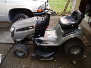 Craftsman lawn tractor for Sale in Romulus, MI