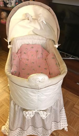 Baby Bassinet for Sale in Jersey City, NJ