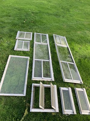 Vintage Travel Trailer Windows and door for Sale in Gig Harbor, WA