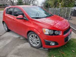 2013 chevy sonic for Sale in Irving, TX