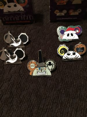 Disney trading pins nightmare before Christmas for Sale in Dinuba, CA
