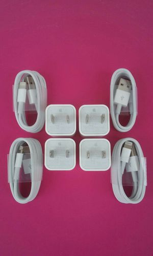 4 Brand New Original Apple IPhone Chargers for Sale in Lincoln Acres, CA