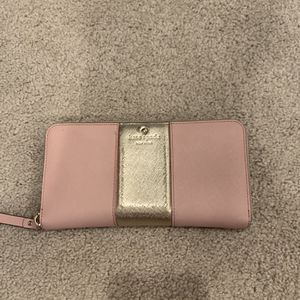 Kate Spade Pink and Gold Wallet for Sale in San Juan Capistrano, CA