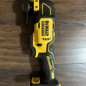 Dewalt Atomic Brushless Multi-Tool (Tool Only) for Sale in Happy Valley, OR