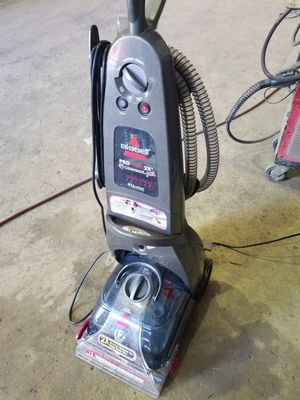 Bissell proheat 2x advanced cleaning system carpet cleaner for Sale in Houston, TX