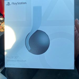 Sony PlayStation Pulse 3D Wireless Gaming Headset for Sale in Houston, TX