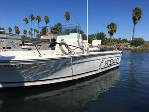 Robalo 2120 center console for Sale in San Diego, CA