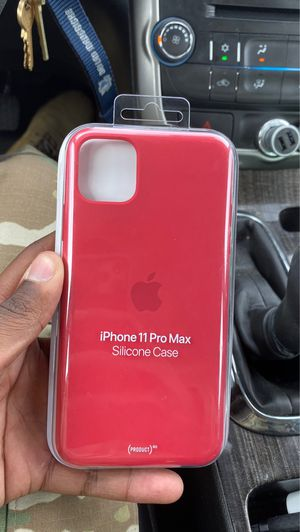 iPhone 11 Pro Max (Case) for Sale in Fort Carson, CO