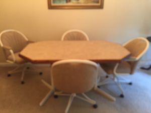 Kitchen Dining set for Sale in Westwood, MA