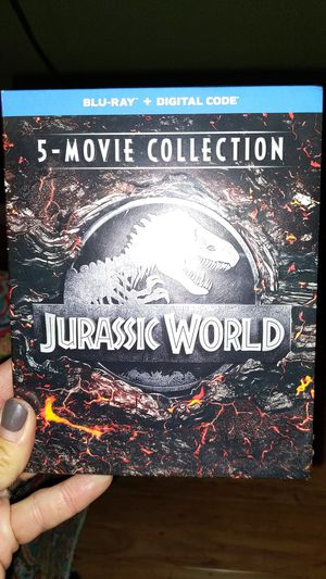 JURASSIC WORLD 5 FILM COLLECTION BLURAY WITH DIGITAL UNOPENED for Sale in San Diego, CA