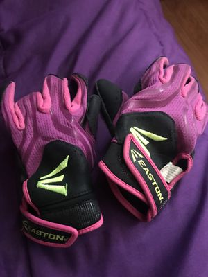 Softball gloves for Sale in Chicago, IL