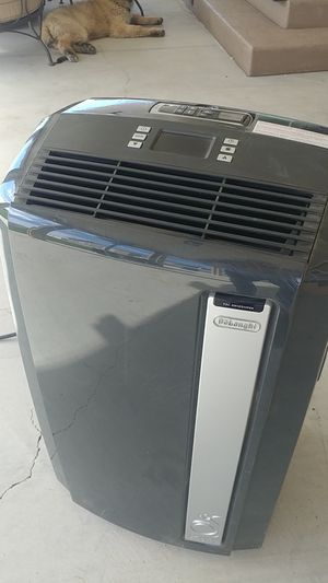 Air conditioner with remote for Sale in Nuevo, CA