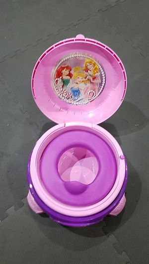 Disney Princess Potty/ Step Stool for Sale in Manassas, VA