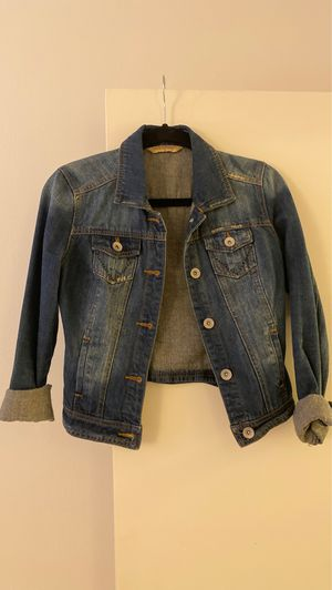Denim jacket size S for Sale in Lombard, IL