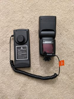 Godox tt600s/nw865s with power pack. Sony for Sale in Pittsburgh,  PA