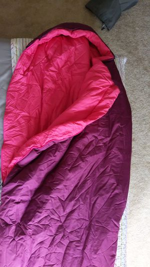 Sleeping bag comfy upto 35F for Sale in Bellevue, WA