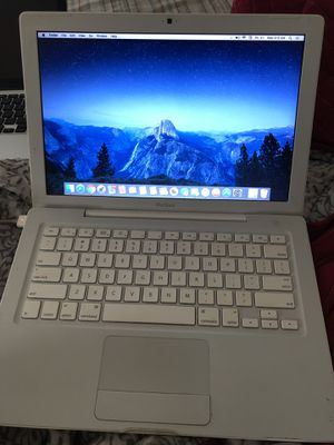 MacBook Pro Mid 2009 for Sale in Raleigh, NC