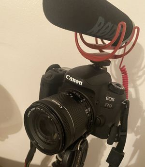 Canon EOS 77D - Camera for Sale in Paramount, CA