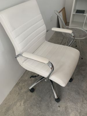 Office chair for Sale in Miami Beach, FL