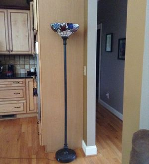 Tiffany style floor lamp for Sale in Lexington, NC