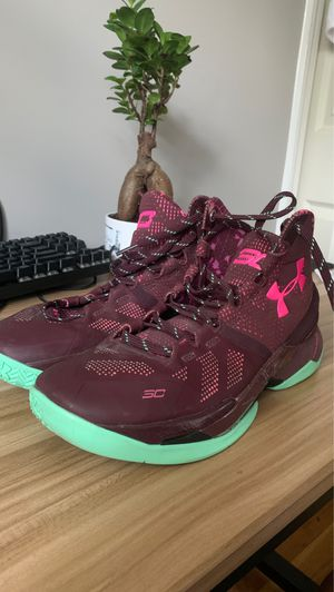 Under armor Curry 2 for Sale in Silver Spring, MD